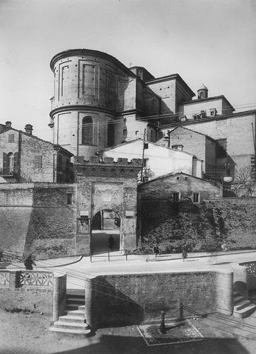 035b veduta Porta San Giuliano dalle Fosse
